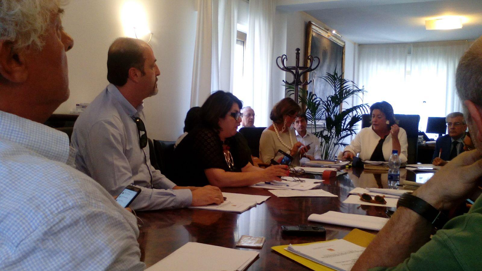 Precari Asu: incontro oggi all'assessorato al lavoro sulla carta dei diritti. Fp Cgil chiede di dare il via al coordinamento tra i due Assessorati  e di verificare la composizione della delegazione sindacale