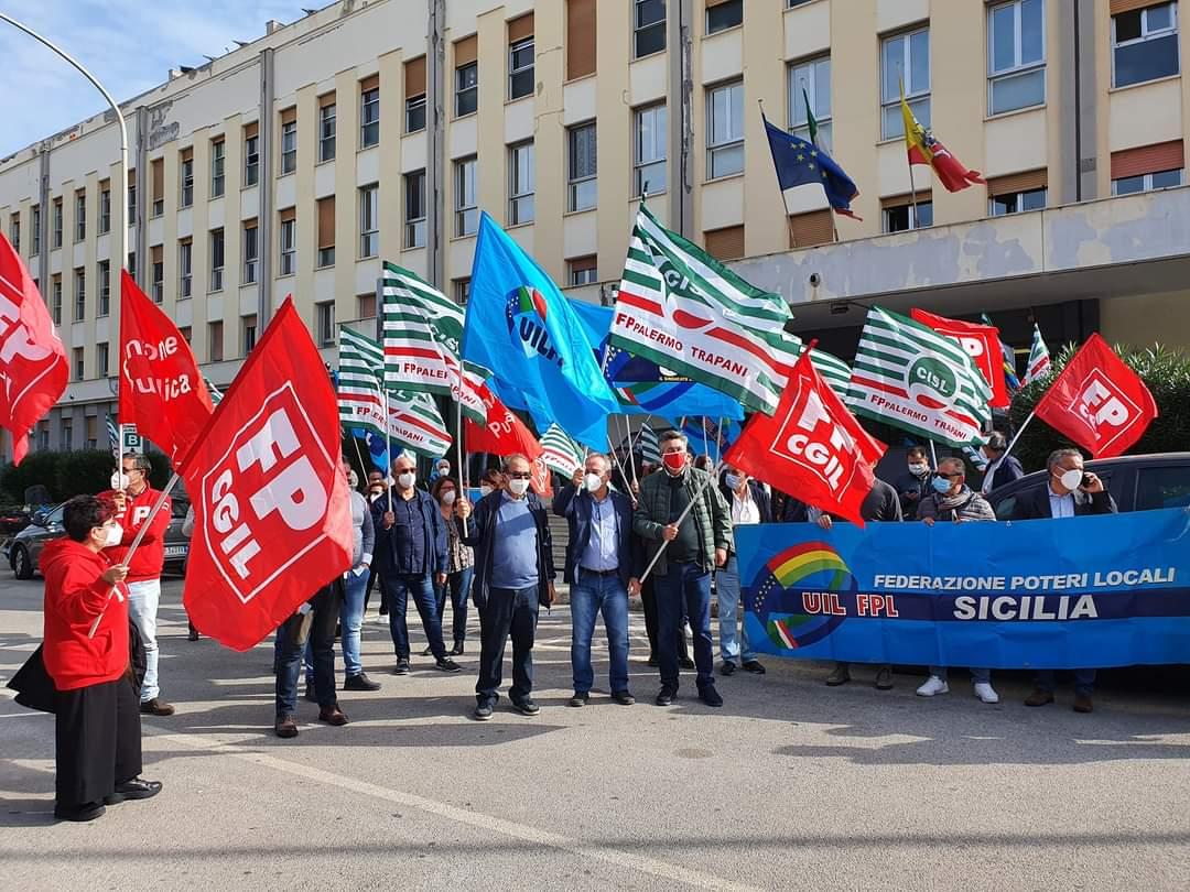 """""""Assunzioni, rinnovo dei contratti e sicurezza"""": mobilitazione di Fp Cgil Sicilia a sostegno dei lavoratori della sanità"""